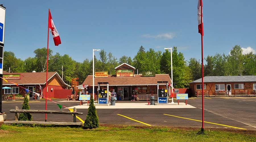 Voyageurs-Lodge-Cookhouse-Gas-Pumps